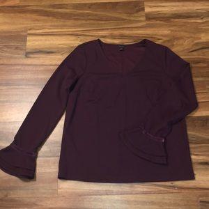 Sz M Ann Taylor v-neck bell sleeve blouse, plum